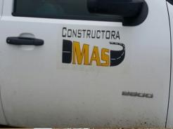 Camioneta de la empresa Constructora
