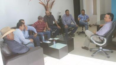 Pelayo en reunión con camioneros de la CTM