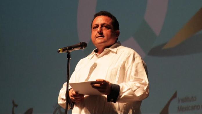 gobernador-Carlos-Mendoza-Davis