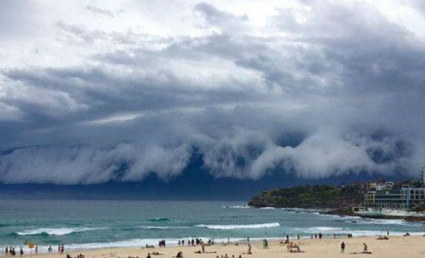 nube-tsunami-australia
