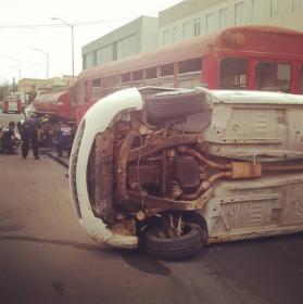 Simulacro de accidentes con vehículos volcados
