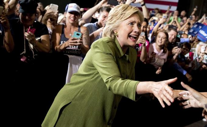 Hillary Clinton desesperada por los votos